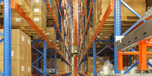 Automated warehouses need fast and powerful drives to move goods quickly